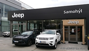 PLASTFOIL® is on the roof of Jeep dealership